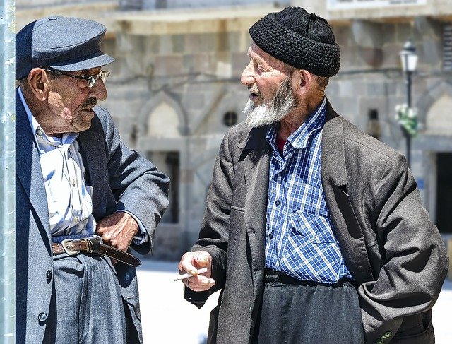old-man-1739154_640